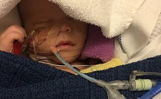 Bare 13 dager gammel ble Markus operert for kreft