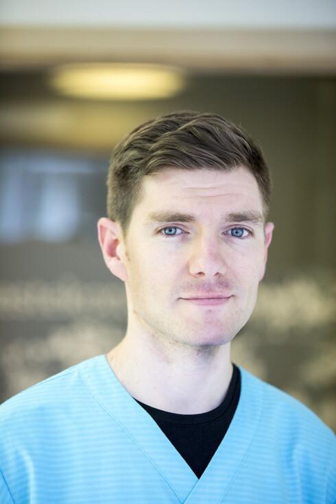 Steven Mansell er embryolog ved ferilitetsklinikken Medicus. Han har en doktorgrad innen mannlig fruktbarhet fra Universitetet i Dundee og har tidligere hatt en forskerstilling ved UC Berkley i California.  Foto: Privat