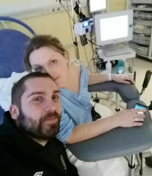 NEKTET KEISERSNITT: Fødselen ble lang og smertefull, men Celine var fast bestemt på at hun skulle føde på vanlig måte. Foto: Privat