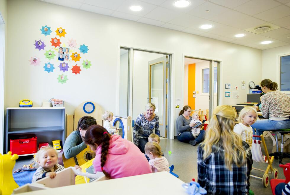 BRUK GOD TID: Små barn har ofte vansker for å tilvenne seg den nye tilværelsen i en barnehage, så god tid, rutiner og trygghet er viktige stikkord for en vellykket barnehagestart.  Foto: NTB/Scanpix