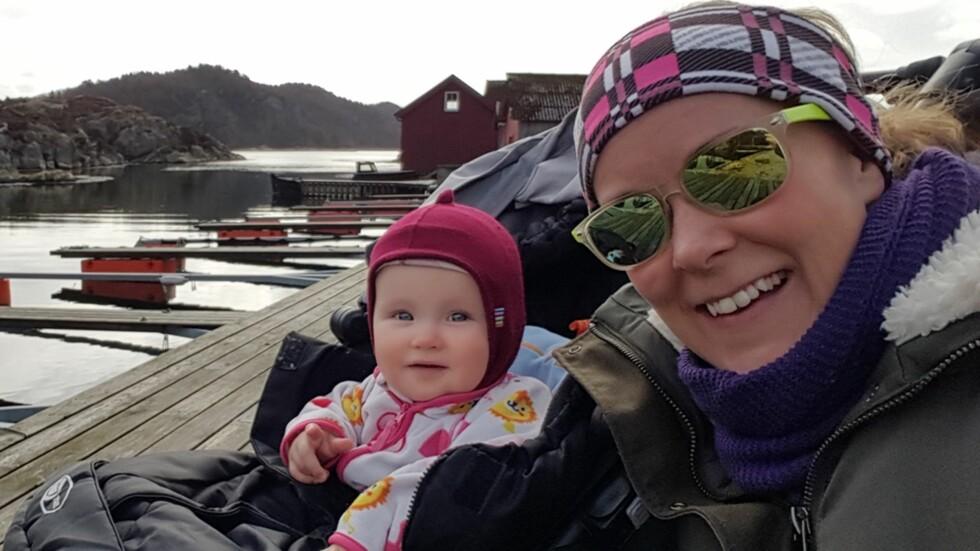 MOR OG DATTER: - Slutt å si at det er synd på datteren min bare fordi hun er enebarn, sier Kjellaug Bøhn. Foto: Privat