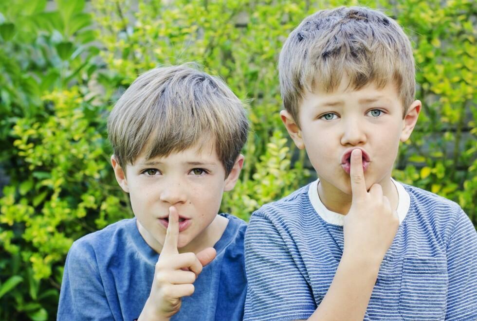 HYYYSJ: Barn tar etter voksnes atferd. Lyver du, lyver de, sier ekspertene. Foto: NTB/ Scanpix