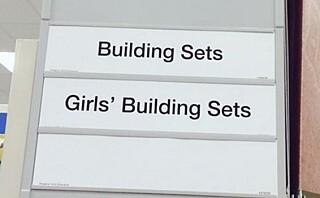 """Er det greit å merke leketøy som """"gutteleker"""" og jenteleker""""?"""
