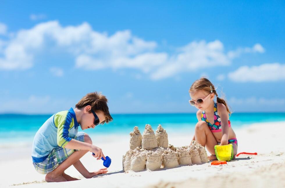 FERIE: Bestillinger hos Ticket på reiser i uke åtte og ni har økt med 43 prosent fra i fjor, så mange har nok bestemt seg for sol og bad i vinter. Foto: NTB/ Scanpix