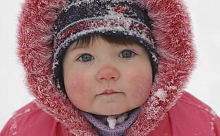 Bør du holde barna inne når det er mange minusgrader ute?