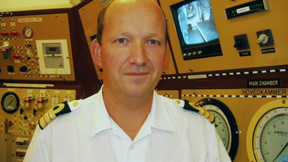 VIKTIG Å KONTAKTE LEGE: - Sekundær drukning antas å være en risikofaktor i opptil 24 timer etter en drukningshendelse, sier Jan Risberg, dykkerlege ved marinebasen Haakonsvern i Bergen. Foto: Privat