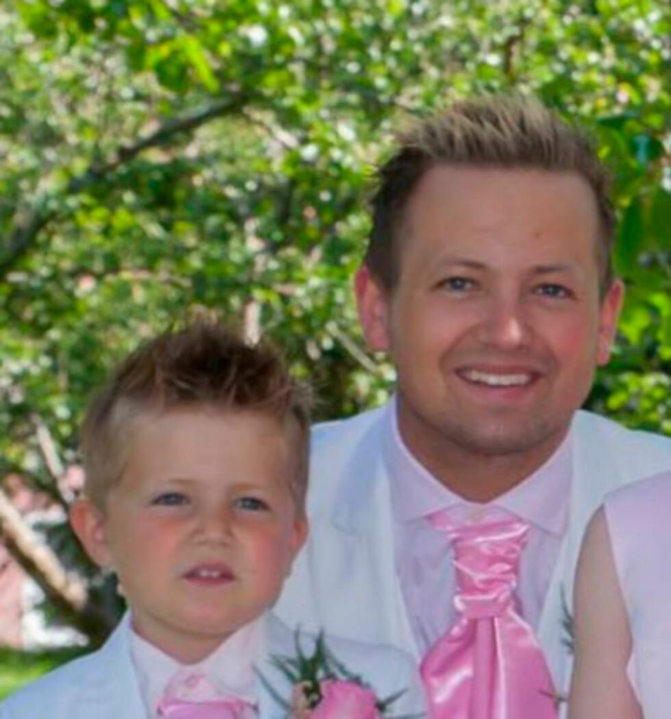 Far og sønn. Foto: privat