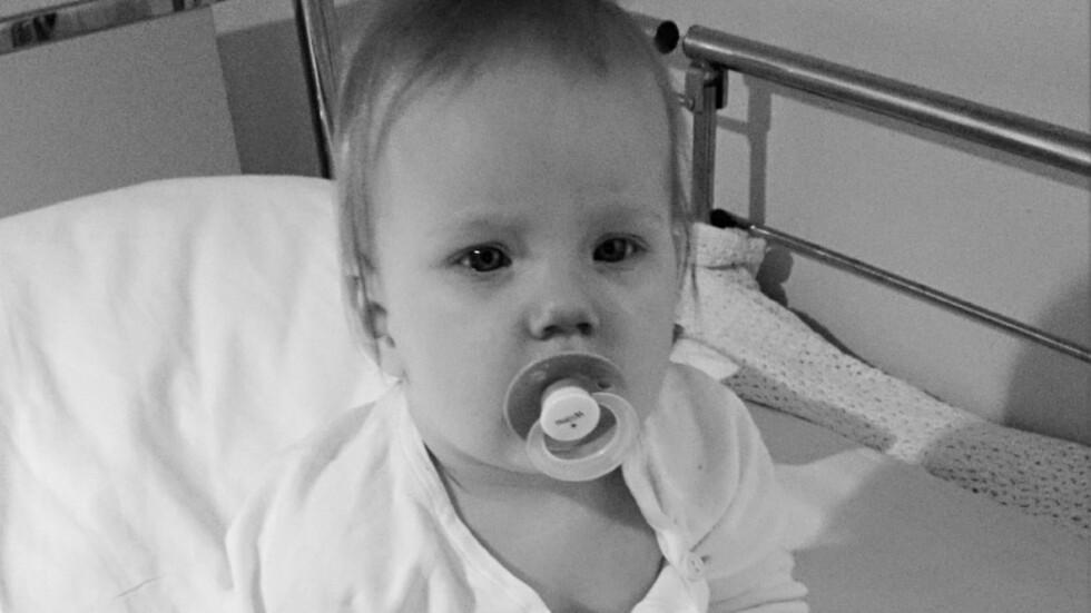 TÅLER IKKE VAKSINEN: Lille Wilma er svært utsatt for smitte og har tilbrakt mye tid på sykehus. Foto: privat