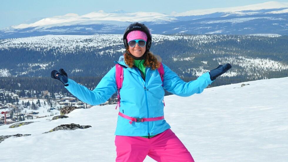 <strong><b>ALDRI FOR SEINT Å BEGYNNE:</strong></b> For få år siden trodde Camilla hun aldri kunne lære seg å stå på ski. I dag er tobarnsmoren stadig å finne i de bratteste skibakkene. Foto: Privat