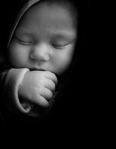 AV MED LYSET: La mørkehormonet hjelpe barnet. Foto: Shutterstock ©