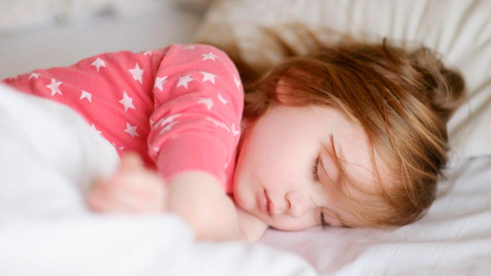 KAN HJELPE BÅDE LITEN OG STOR: Stimuler mørkehormonet riktig! Foto: Shutterstock.com ©