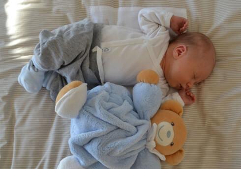 NYFØDT: Benjamin Mikal ble født etter en fødsel som bare varte fem timer. Foto: privat