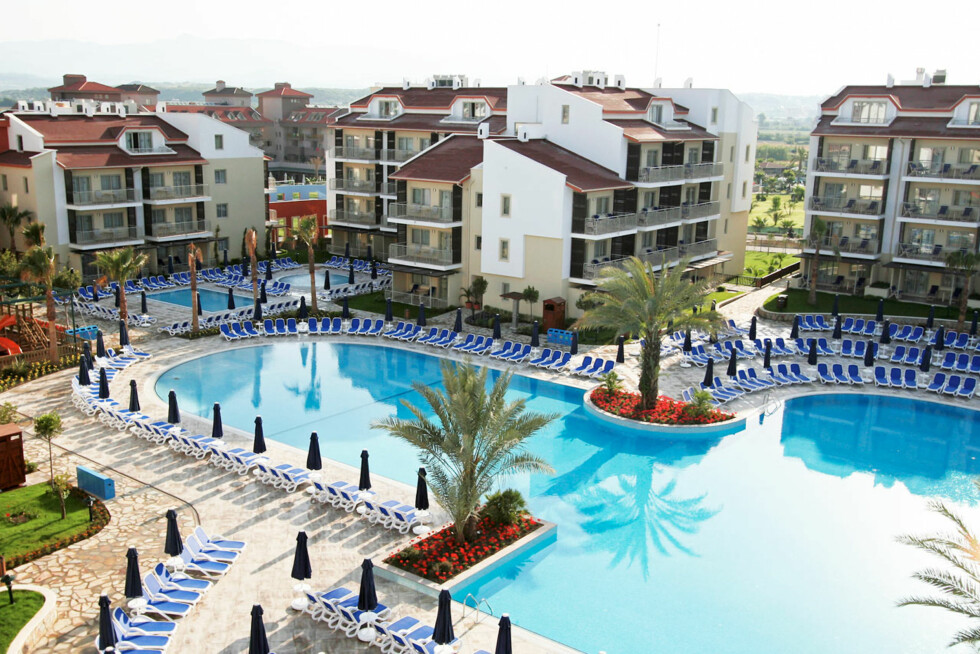 <strong>STORT BASSENGOMRÅDE:</strong> Sunwing Side West Beach er et av Vings mest populære hoteller for barnefamilier i Tyrkia. Foto: Ving