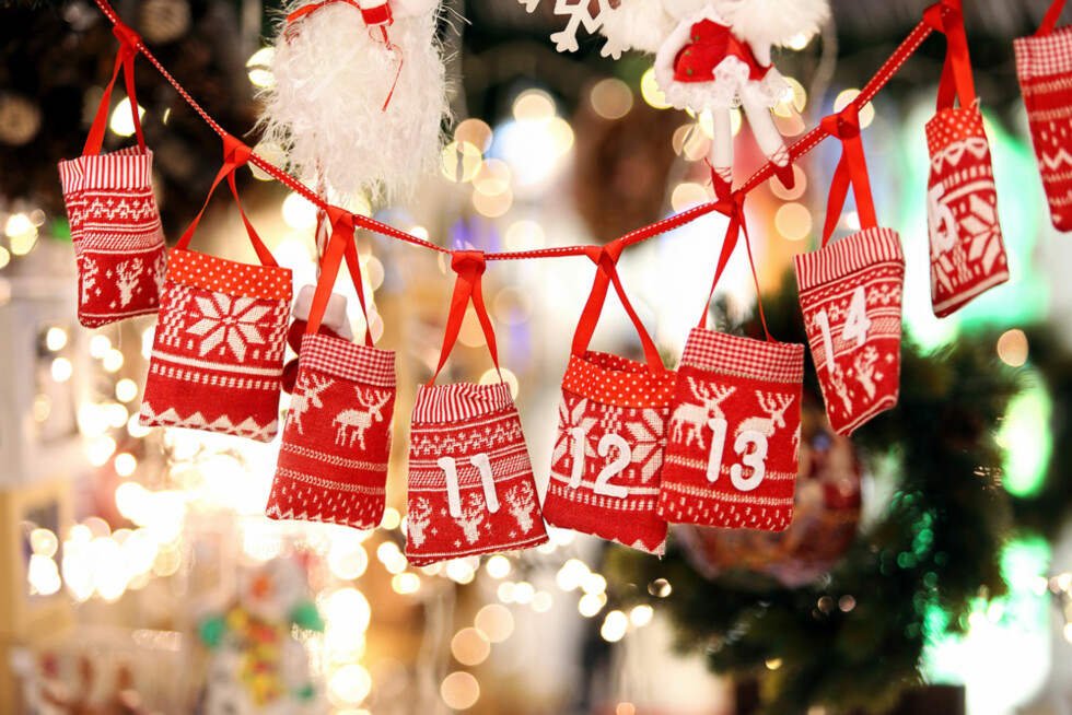 LYKKEN ER EN JULEKALENDER: Noen barn gleder seg nesten like mye til adventskaldeneren skal åpnes - som til julaften! Foto: Shutterstock ©