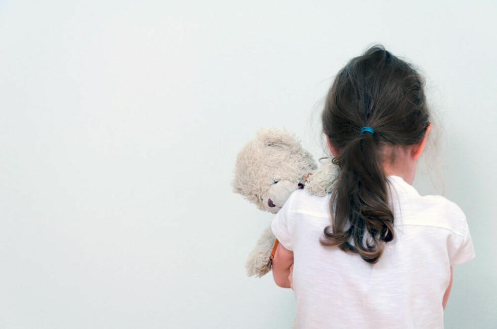 DET ER DE VOKSNES ANSVAR Men ikke alle barn har en venn. Foto: Shutterstock.com © Personen på bildet har ingen tilknytning til saken.