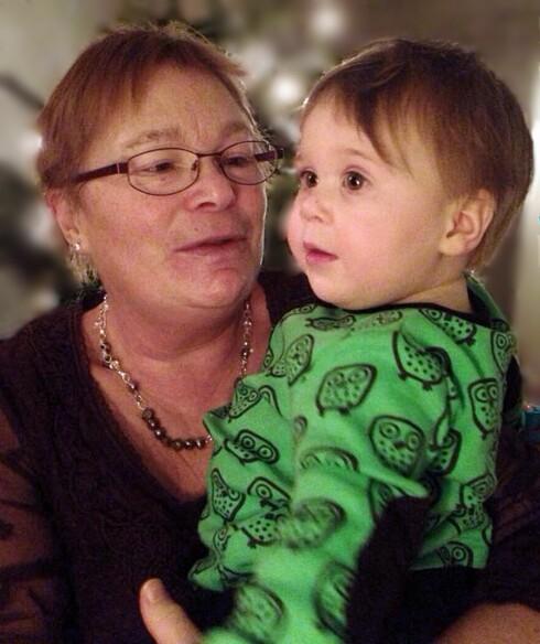 <strong>POPULÆR:</strong> Bestemor Gunn er det store helten blant barnebarna. Foto: Privat
