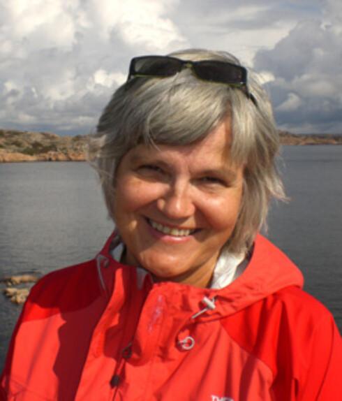 <strong>VIKTIGE FOR BARN:</strong> Besteforeldre er med på å styrke familiebåndene og skape helhet i barnebarnas liv, mener familierådgiver Merete Holmsen. Foto: Privat