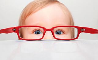 Tegnene på at barnet har synsvansker