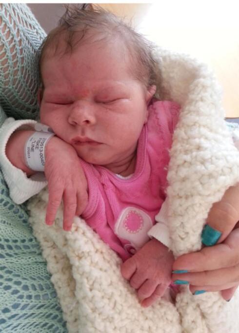 FØDT PÅ ET BLUNK: Lille Sigrid hadde det travelt når hun ble født. Her er hun fotografert på sykehuset.  Foto: PRIVAT