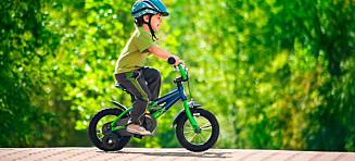 Slik lærer du barnet å sykle