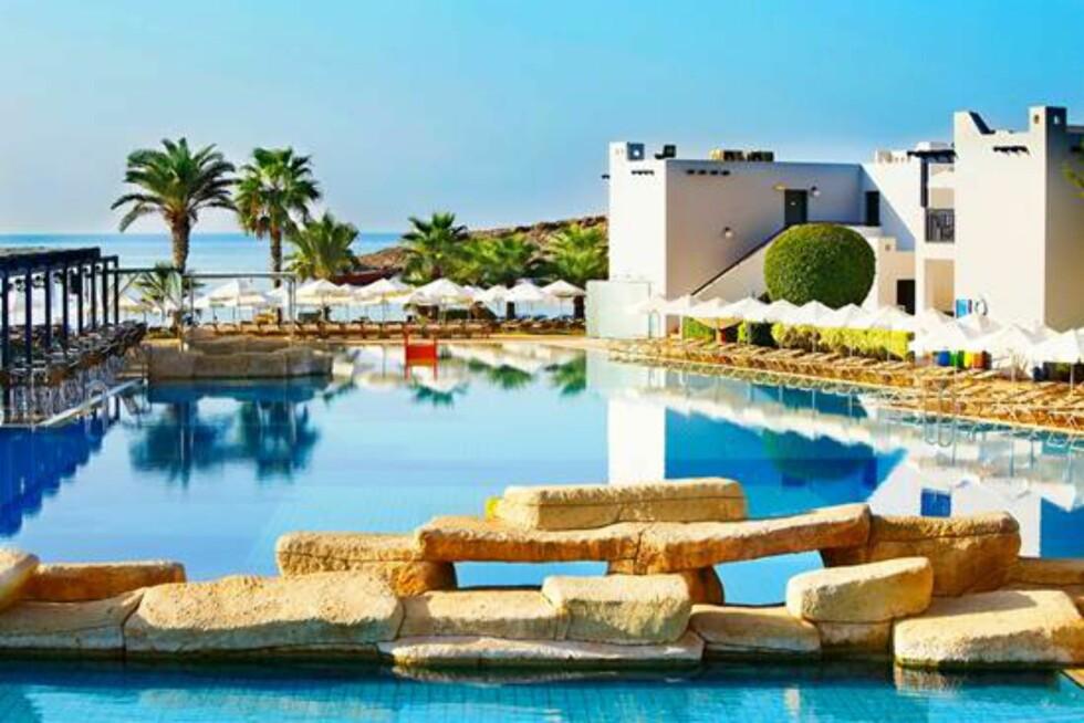 <strong>Callisto Ayia Napa:</strong> Hotellet fremstår som en rolig, gresk landsby. Foto: Startour.no