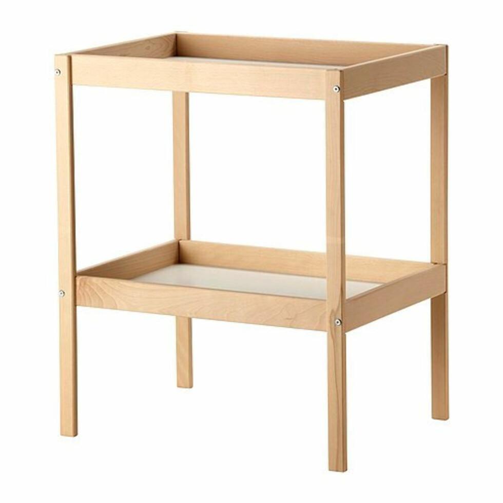 Peters stellebordfavoritt:: Stellebordet Sniglar fra Ikea ble kåret som best i test i 2010 og koster bare 198,- Foto: Ikea.no