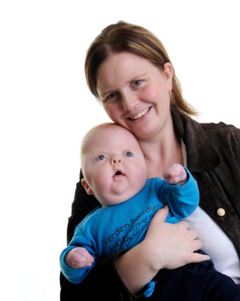 MOR OG BARN:: Mamma Linda og Christoffer. Foto: Privat