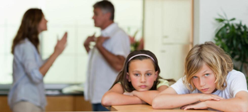 STØTT BARNA: Når mamma og pappa går fra hverandre snus livet på hodet for barna Foto: Shutterstock