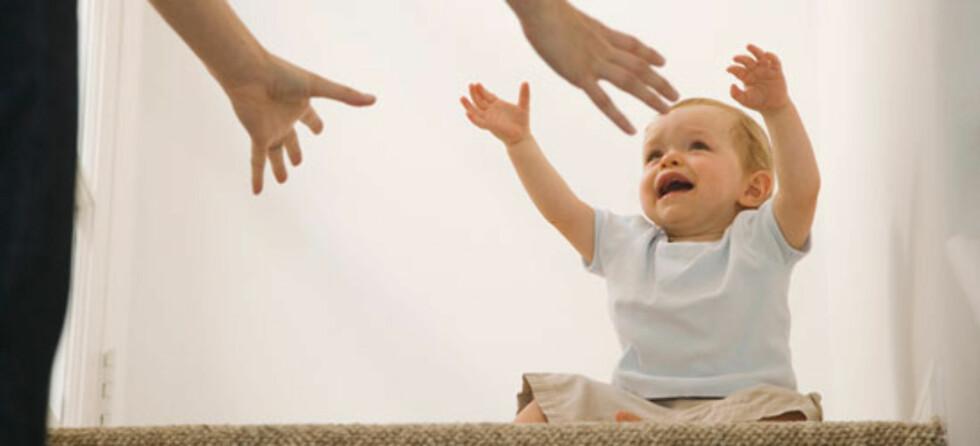 Spedbarn blir utrygge av mors fravær, mener barnepsykolog. Foto: Shutterstock ©
