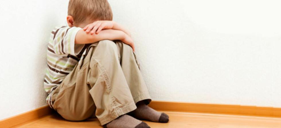 Mange norske foreldre tyr til time-out og noen benytter også skammekrok. Foto: Shutterstock ©