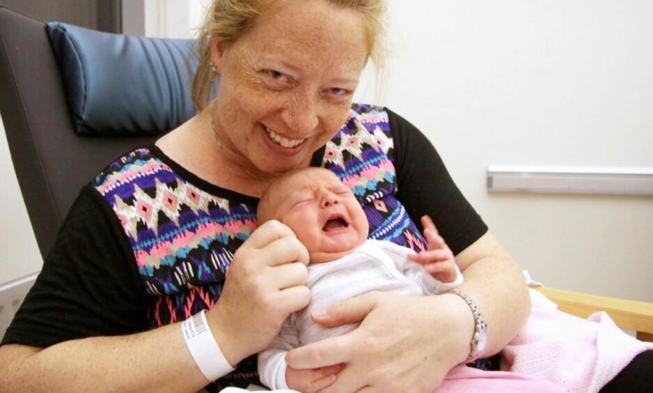 LANG FØDSEL: Da Rebecca fødte datteren Emma Iselin, varte fødselen i over 17 timer og endte til slutt med keisersnitt. Foto: FEM