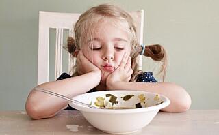 - Studier viser at barn må eksponeres for ny mat opptil 8-10 ganger før de aksepterer den