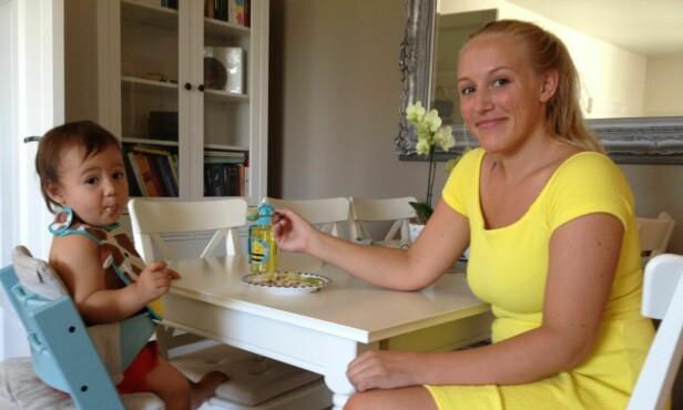 HOLD ROEN: Ernæringsrådgiver Maiken Walle mener det er viktig at barnet opplever det som trygt og godt å komme tilbake til et nytt måltid. Foto: Privat
