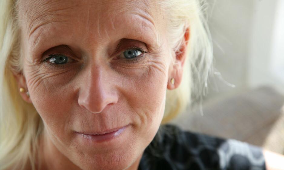 FORELESER OM TENÅRINGSTIDEN: Sosionom og forfatter Mia Börjesson mener tenårene ikke er tiden for å innføre nye strenge krav. Foto: Privat