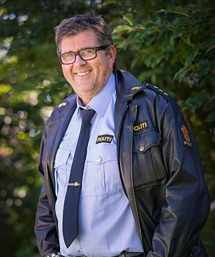 JOBBER MED FOREBYGGENDE TILTAK: Politibetjent Ole-Tom Knudsen. Foto: Ole Andreas Knudsen