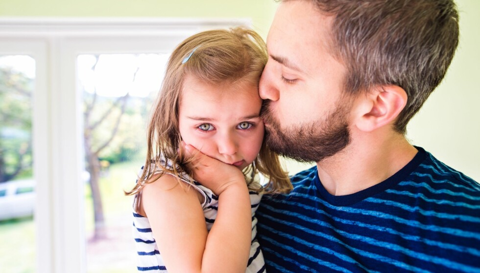 MODERNE BARNEOPPDRAGELSE: Stemmer det at mange foreldre i dag velger kos fremfor å oppdra barna? Foto: Shutterstock / NTB Scanpix