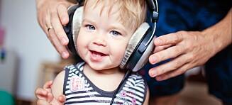 Advarer mot for høy lyd i barnas hodetelefoner