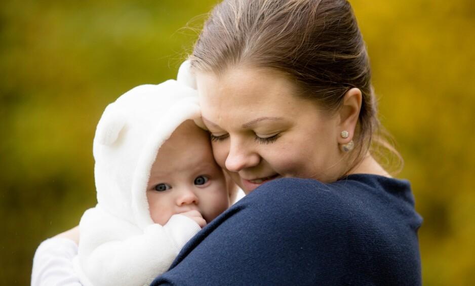 HJEMMEFØDSEL SOM FØRSTEGANGSFØDENDE: Svært få kvinner velger å gjøre som Eva og føde sitt første barn hjemme. Foto: Studio Hodne