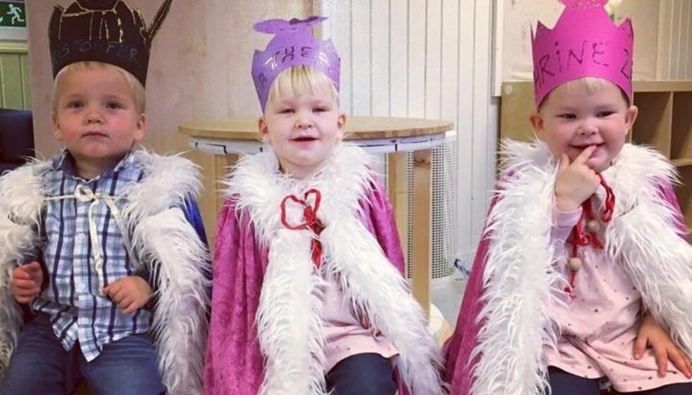 GLADE TRILLINGER: Christoffer, Mathea og Kathrine er nå blitt to år gamle og er høyt og lavt som toåringer flest. Foto: Privat