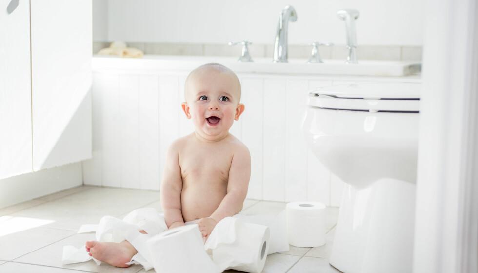 BLEIEFRIE BABYER: Noen foreldre velger helt bort bleiene og lar barna bruke potte fra de er født. Foto: NTB scanpix