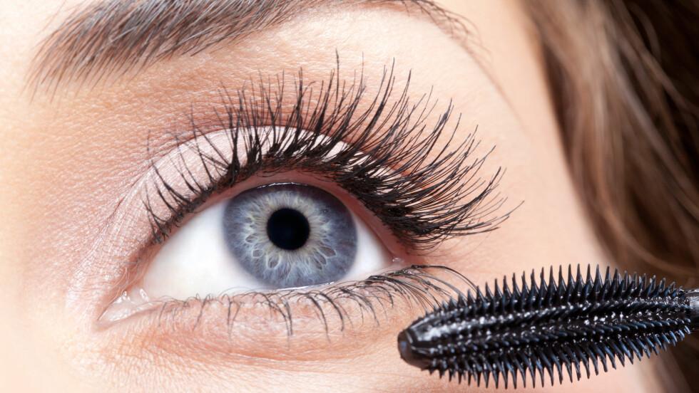 PERFEKTE VIPPER MED MASKARA: Med noen få, enkle triks kan også du oppnå lange og fyldige øyenvipper. Foto: Shutterstock