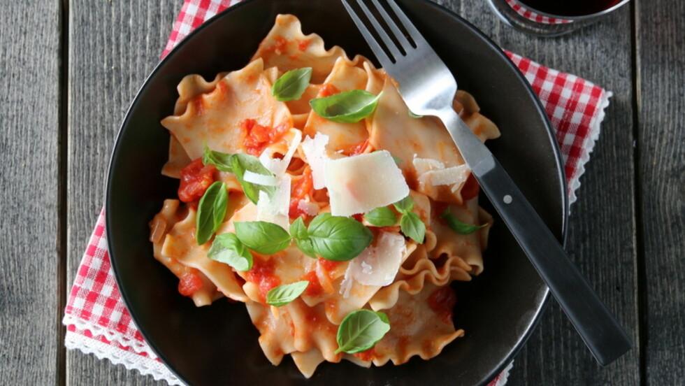 MIDDAG UTEN KJØTT: Hvem trenger vel kjøttdeig når du kan lage Trine Sandbergs nydelige pasta med tomatsaus.  Foto: Trines matblogg