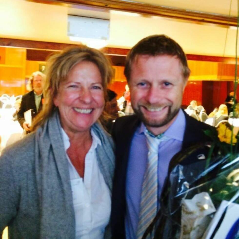 VIKTIG MØTE: I møte med helseminister Bent Høie fikk Anne Fi anledning til å fortelle om hva hun har erfart at er viktig for kreftsyke ungdommer.  Foto: PRIVAT