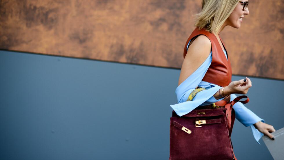 DESIGNERVESKE: Fashionistaer over hele verden har alltid de lekreste veskene i hendene. Ikke alle er superdyre, men noen av dem er vesker vi bare kan drømme om. Eller? Vi har funnet de hotteste designerveskene på salg! Sjekk ut bildekarusellen nede i saken. Foto: Zuma Press