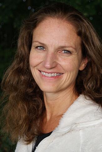 EKSPERTEN: Gunn Helene Arsky er ernæringsfysiolog cand. scient i BAMA gruppen AS, og forfatter av boken «Spis deg ung».  Foto: Spis deg ung/Arsky, Cappelen Damm.