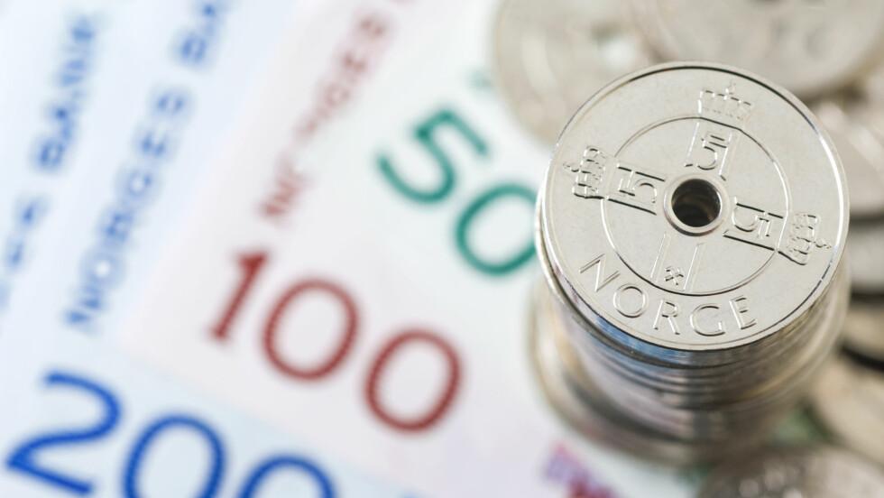 SHOP PÅ NETT - SPAR MYE PENGER: Det er tipset til forbrukerøkonom i Danske Bank - Maria Setsaas.