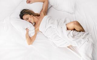 Bør du sove naken?