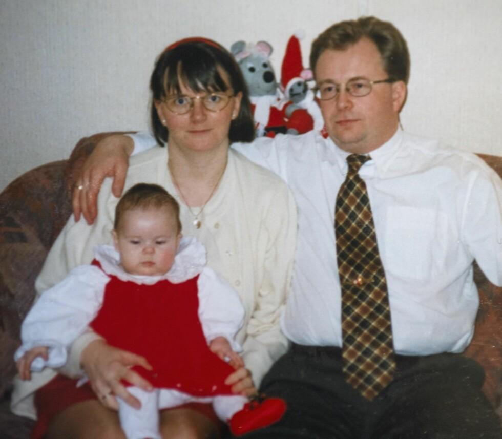 <strong>TRIO:</strong> Henriette feirer sin første jul sammen med foreldrene. Foto: Privat