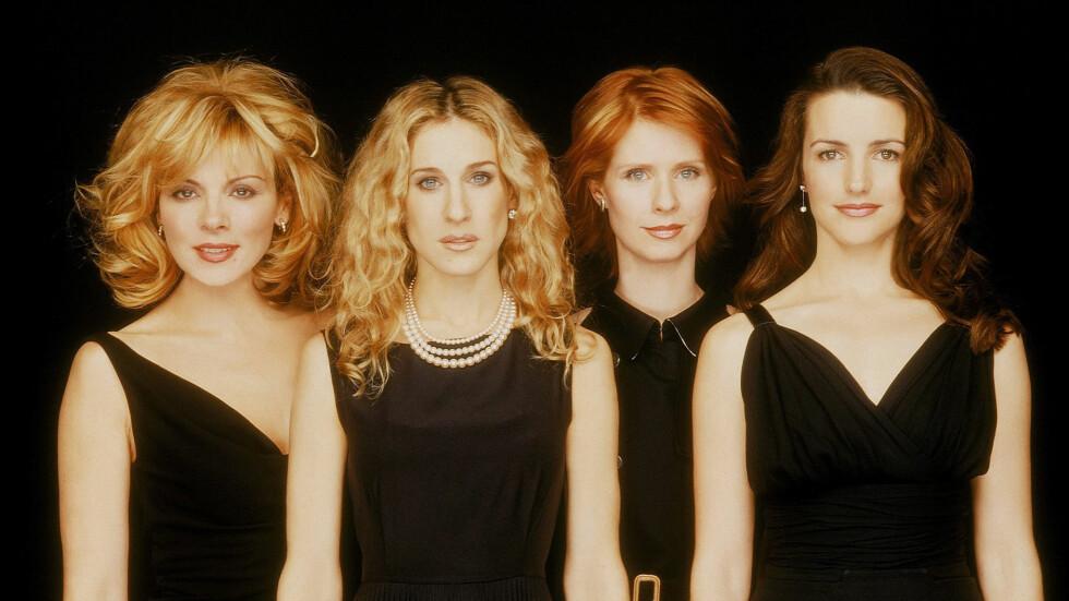 SEX OG SINGELLIV: Kim Cattrall, Sarah Jessica Parker, Cynthia Nixon og Kristin Davis slik de så ut i 1998 - da første episode av «Sex and the city» rullet over amerikanske TV-skjermer. Foto: NTB Scanpix