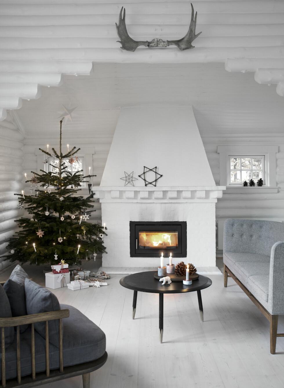 GEVIR I STUA: Sofa, FLY stolen og sofabordet fra &Tradition.  Foto: ina agency